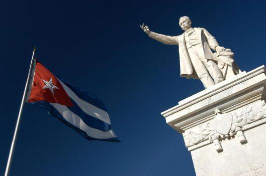 Por todos los muertos fusílenlo (José Martí)